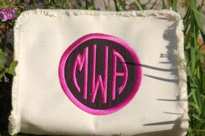 MAKE UP BAG w APPLIQUE
