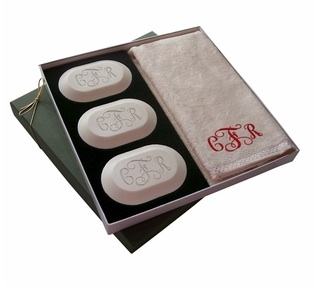 MONOGRAMMED THREE PACK WITH GUEST TOWEL